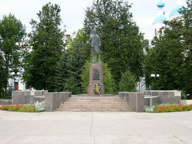 фото памятника Зое Космодемьянской